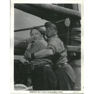 """1941 Press Photo Actors Wallace Beery & Marjorie Main MGM Movie """"Barnacle Bill"""""""