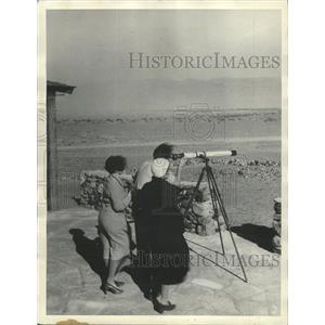 1932 Press Photo Gray Alkali Death Valley Telescope - RRX88837