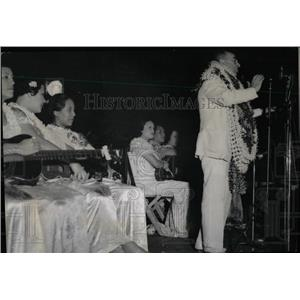 1936 Press Photo Hawaiian Delegate King With Leis - RRW77863
