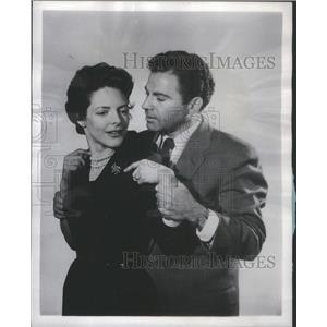 1956 Press Photo Lori March Actors Adam Evening- RSA99121
