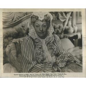 1951 Press Photo Gaby Morlays Advice On Love Wrecks Family Custom In Gigi