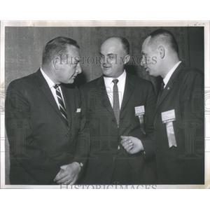 1952 Press Photo Donald R. Jackson (l) Bert J. Keeper (C) and Maurice