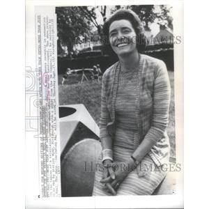 1977 Press Photo Actress Patricia Neal - RSC85683