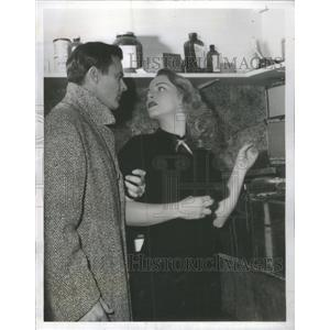 "1952 Press Photo Robert Sterling and Maria Riva ""The Davidian Report"""