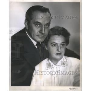 1951 Press Photo Fredrie March And Florence Eldridge N The Autumn Garden