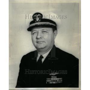 1956 Press Photo Commodore Henry Williams - RRU43637