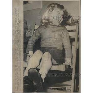1967 Press Photo Beth Liuni Elizabeth adoption ethnic - RRV08667