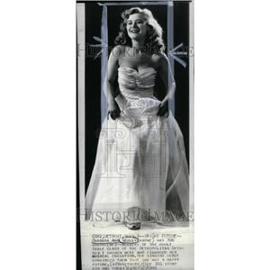 1940 Press Photo Barbara Ann Scully,singer - RRU35091