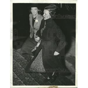 1937 Press Photo Irene Castle Mc Laughlin Frederick - RRV09229