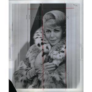 1956 Press Photo Actress Lana Turner