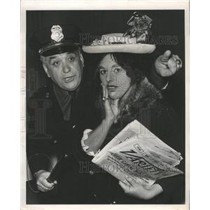 1966 Press Photo Mrs Robert Kushel Krassner Bagel Becky