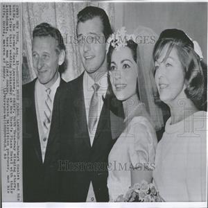 1963 Press Photo Wedding Robert Goulet Carol Lawrence