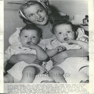 1945 Press Photo Joan Fontaine British American Actress