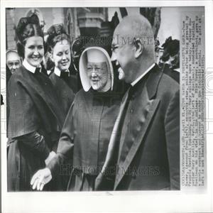 1953 Press Photo June Haver ex-movie star Spellman - RRY05465