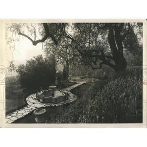 1931 Press Photo Ornamental Garden At Villa Clairefonta