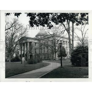 1945 Press Photo North Carolina State Capitol Building Raleigh Majestic Old