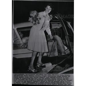 1963 Press Photo Female Flight Instructor Betty Miller - RRW99005