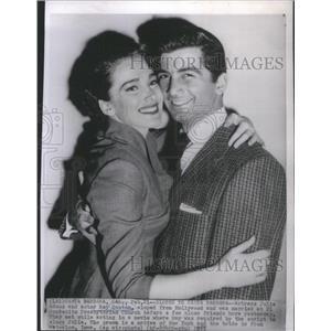 1955 Press Photo Actor Ray danton Julie adams - RSC69337