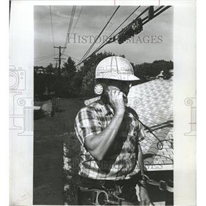 1968 Press Photo Western Electric Lineman - RRW42039