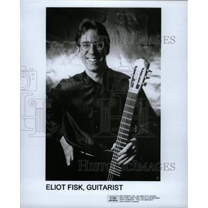 1995 Press Photo Eliot Fisk, Guitarist - RRW19415