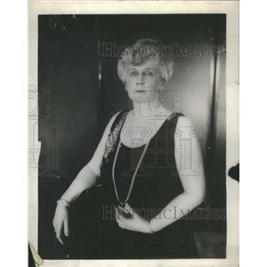 1927 Press Photo Mrs Edward Hines Opera Show Black Dress