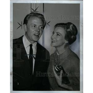 1965 Press Photo Dan O'Herlihy with Ann Jeffreys - RRX59491