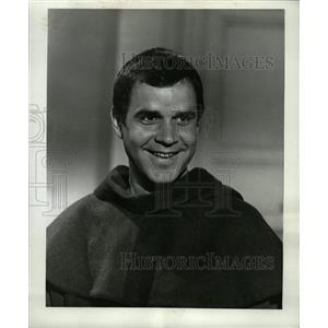 1969 Press Photo Rich Little in TV show, The Flying Nun - RRW20067