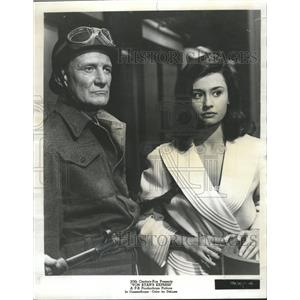 "1965 Press Photo Trevor Howard and Raffaella Carra ""Von - RRW45447"
