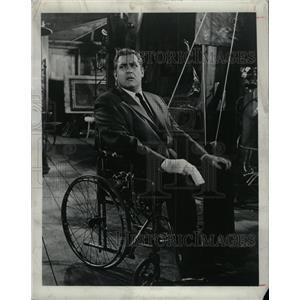 1967 Press Photo Raymond Burr,actor - RRW26979