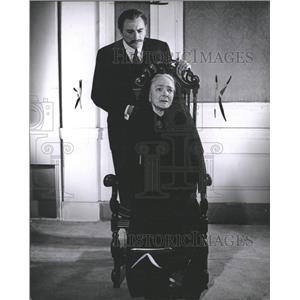 1966 Press Photo Actress Helen Hayes - RRW33405