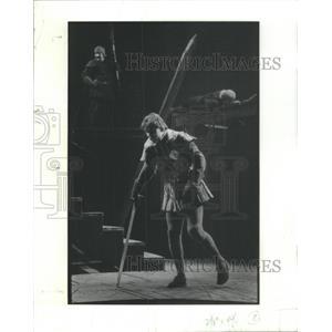 1977 Press Photo Norman Snow as Richard Duke Gloucester Shakespeare Richard III