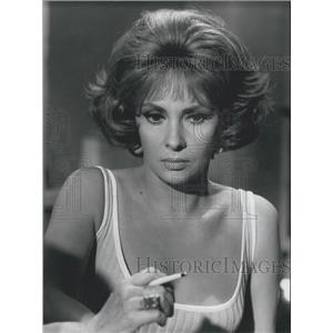 "1967 Press Photo Gina Lollobrigida in ""Good Evening, Mrs. Campbell"":"