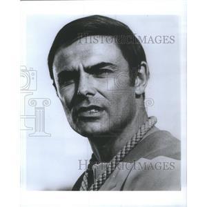 "1977 Press Photo Actor John Saxon Stars In Movie ""Planet Earth"" - RSC86117"