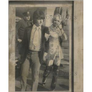 1988 Press Photo Twiggy is an English model, actress, and singer. - RSC84723