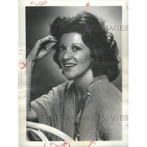 1977 Press Photo Linda Lavin TV Actress Alice Hyatt CBS Sitcom Show Comedy