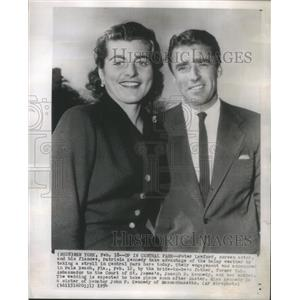 1954 Press Photo Screen Actor Peter Lawford - RSC71357