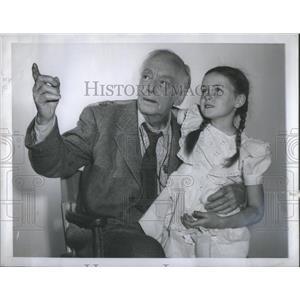 "1946 Press Photo Harry Davenport & Patti Brady ""Stallion Road"" - RSC68391"