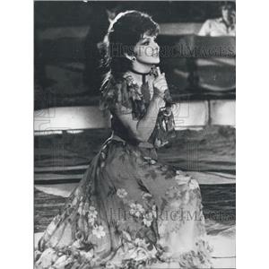 """Press Photo Gina Lollobrigida""""star in the arena"""" at the circus """"Krone"""""""