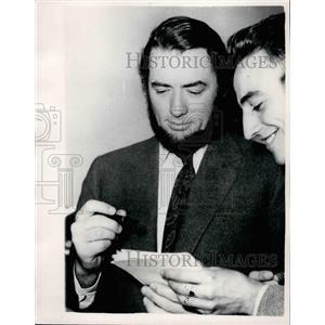 1954 Press Photo Actor Gregory Peck - KSB24089