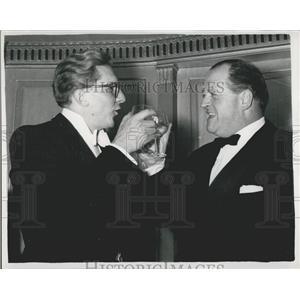 1958 Press Photo British TV stars Robin Day and Richard Dimbleby at TV Oscars
