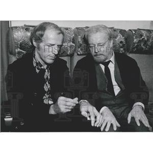 Press Photo Actor Heinz Ruhman, r Manfred Kohnlechner