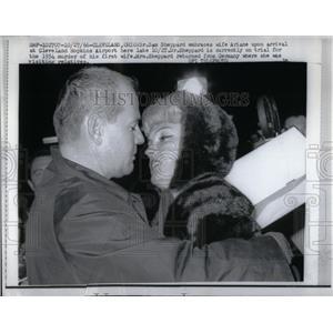1966 Press Photo Samuel H Shepherd Cleveland Airport - RRX05007