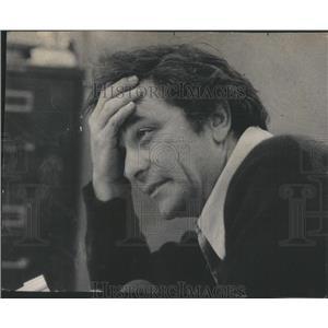 1977 Press Photo Actor Peter falk - RSC75717
