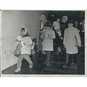 1962 Press Photo Elizabeth Taylor's Children Arrive to Spend Christmas With Her