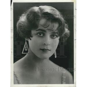 1927 Press Photo Ester Sutherland, British Actress - XXB07639