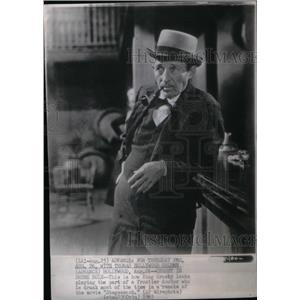 1965 Press Photo Stagecoach Actor Crosby Drunk - RRX48341