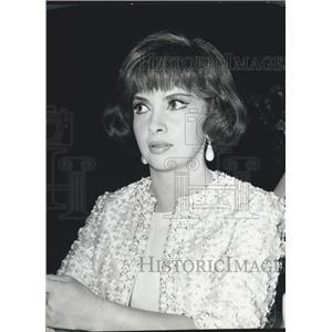 1964 Press Photo Gina Lollobrigida Italian Actress Filming Roman Association