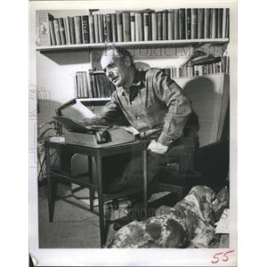 1960 Press Photo Martyn Green, Actor