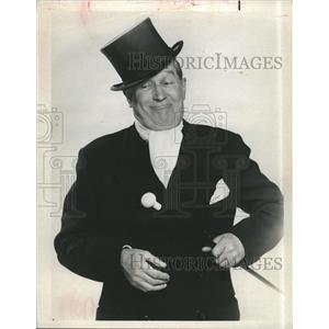 1963 Press Photo Maurice Chevalier Television show