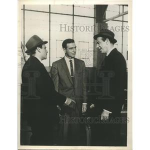1961 Press Photo Actor Stephen McNally as journalist in Target.